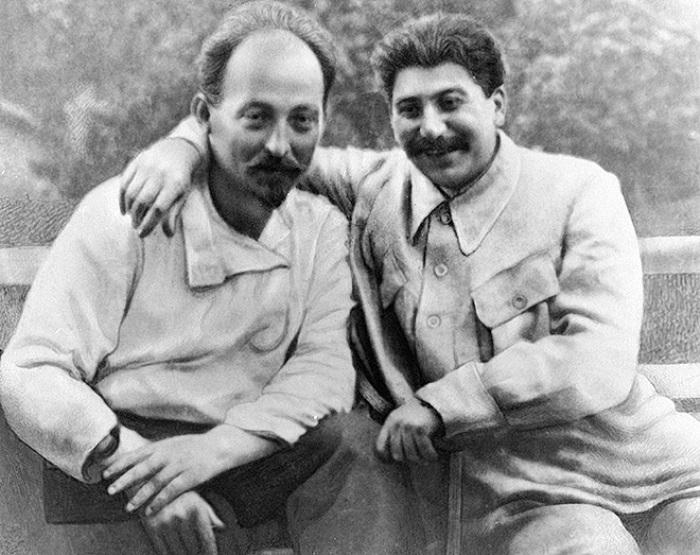 Феликс Дзержинский и Иосиф Сталин | Фото: kommersant.ru
