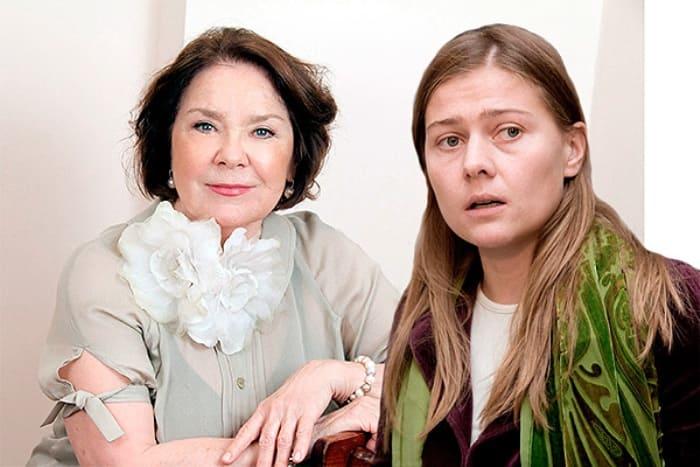 Лариса Голубкина и ее дочь Мария | Фото: dni.ru