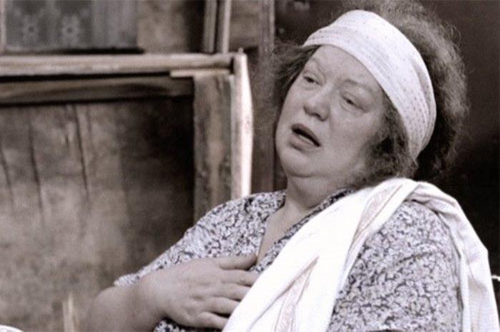 Светлана Крючкова в роли тети Песи | Фото: kino-teatr.ru