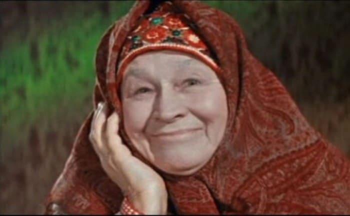Анастасия Зуева – старушка-сказительница из киносказок Александра Роу | Фото: kino-teatr.ru