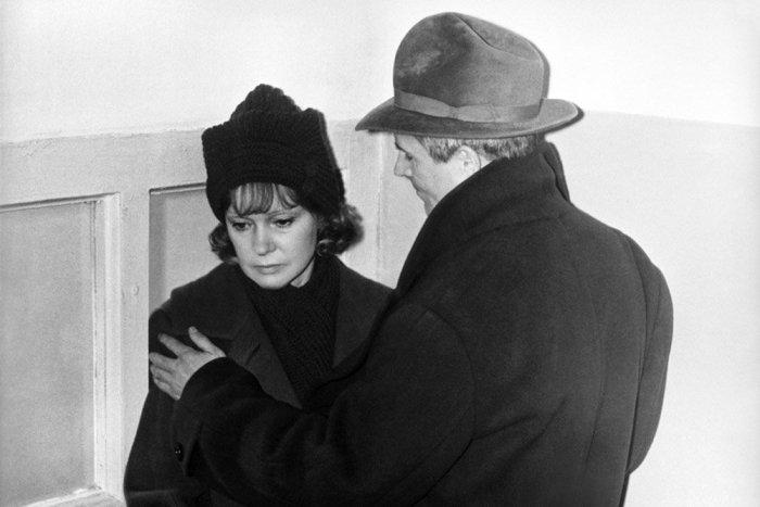 Кадр из фильма *Пять вечеров*, 1978 | Фото: rg.ru