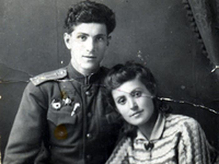 Григорий Чухрай с женой   Фото: stuki-druki.com