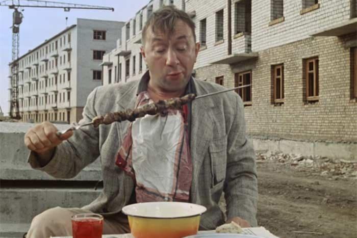 Кадр из фильма *Операция *Ы* и другие приключения Шурика*, 1965 | Фото: 24smi.org
