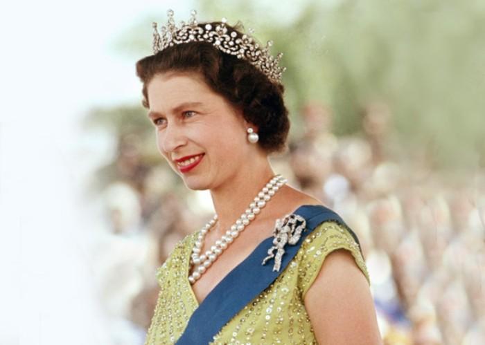 Королева Елизавета осенью 1961 г. | Фото: marieclaire.ru