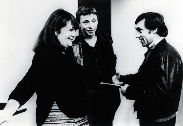 Галина Волчек с Олегом Далем и Владимиром Высоцким, 1970-е гг. | Фото: tele.ru