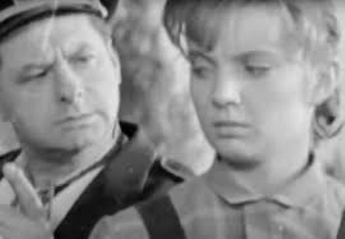 Терье Луйк на съемках фильма *Королева бензоколонки* | Фото: liveinternet.ru