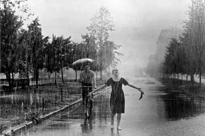 Кадр из фильма *Я шагаю по Москве*, 1963 | Фото: raven-yellow.livejournal.com