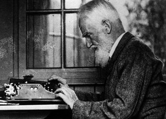 Знаменитый писатель, чей острый язык не щадил ни прекрасных дам, ни уважаемых джентльменов | Фото: liveinternet.ru