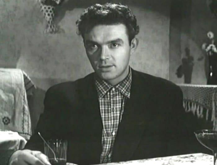 Кадр из фильма *Непридуманная история*, 1963   Фото: kino-teatr.ru