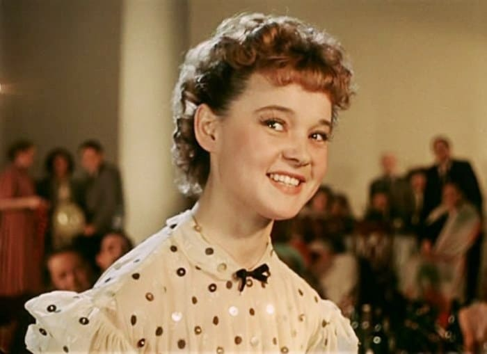 Людмила Гурченко в комедии *Карнавальная ночь*, 1956 | Фото: kino-teatr.ru