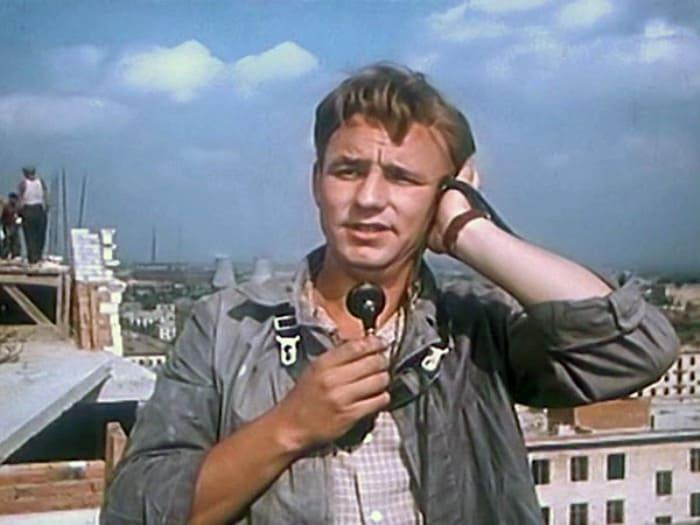 Николай Рыбников в фильме *Девушка без адреса*, 1957 | Фото: tvc.ru