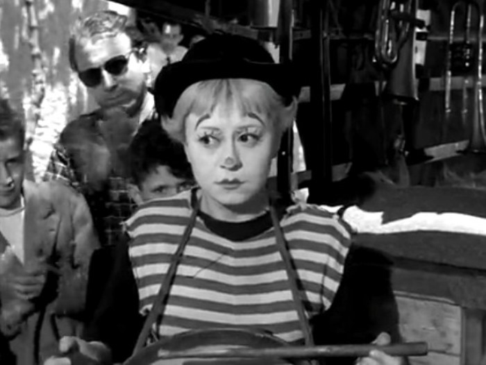 Джульетта Мазина в фильме *Дорога*, 1954   Фото: kino-teatr.ru