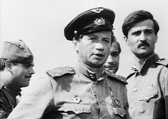 Кадр из фильма *В бой идут одни старики*, 1973 | Фото: leonid-bykov.ru