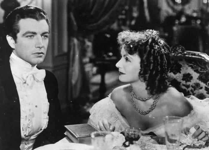 Кадр из фильма *Дама с камелиями*, 1936 | Фото: marieclaire.ru
