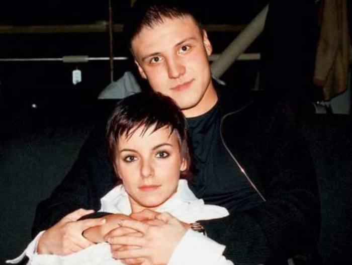 Юлия Волкова и отец ее дочери Павел Сидоров | Фото: stuki-druki.com
