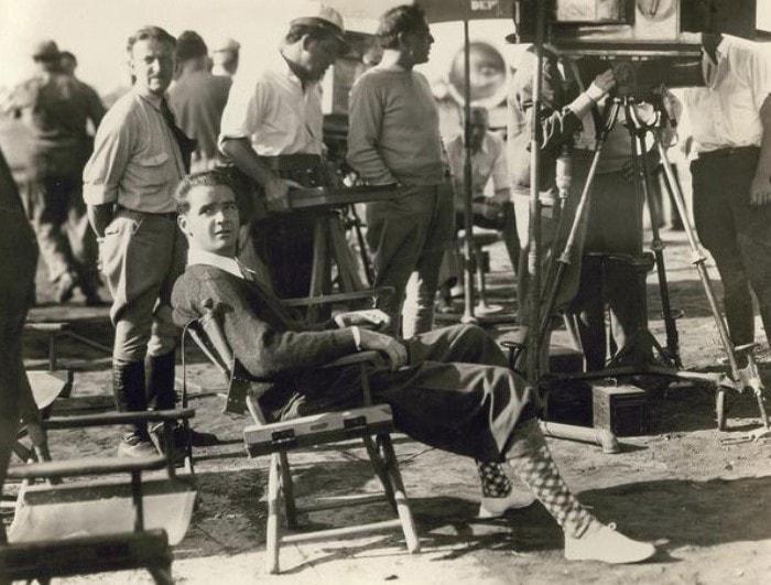Говард Хьюз на съемках фильма | Фото: cameralabs.org