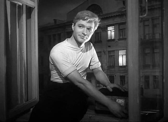 Валентин Попов в фильме *Мне двадцать лет*, 1962-1964   Фото: kino-teatr.ru