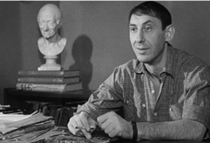 Владимир Басов в фильме *Я шагаю по Москве*, 1963 | Фото: domkino.tv