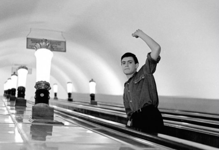 Никита Михалков в фильме *Я шагаю по Москве*, 1963 | Фото: domkino.tv