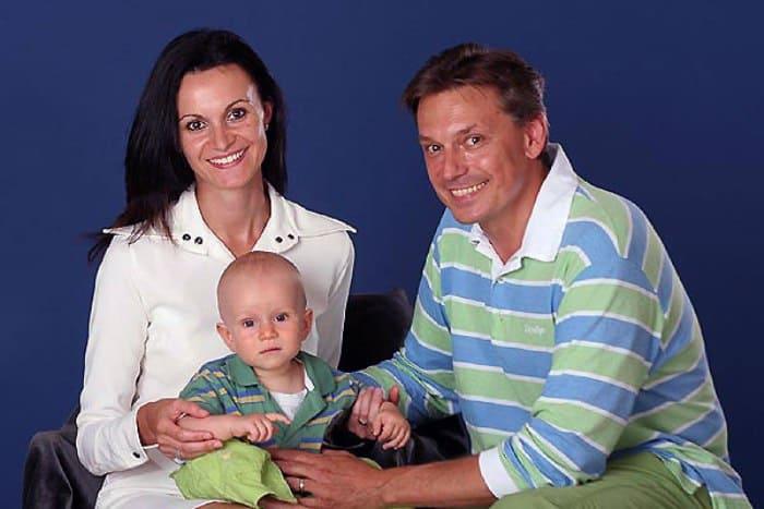 Игорь Кеблушек с семьей | Фото: kino-teatr.ru