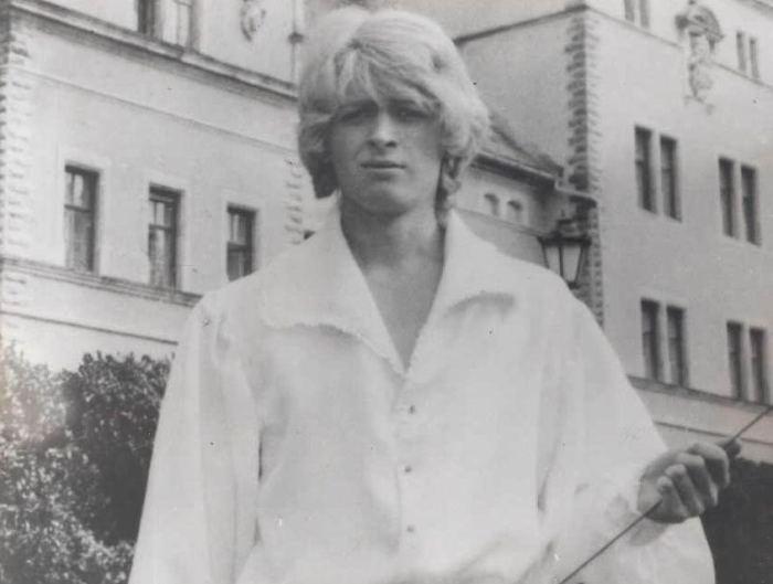 На съемках фильма *Не покидай…*, 1989 | Фото: kino-teatr.ru