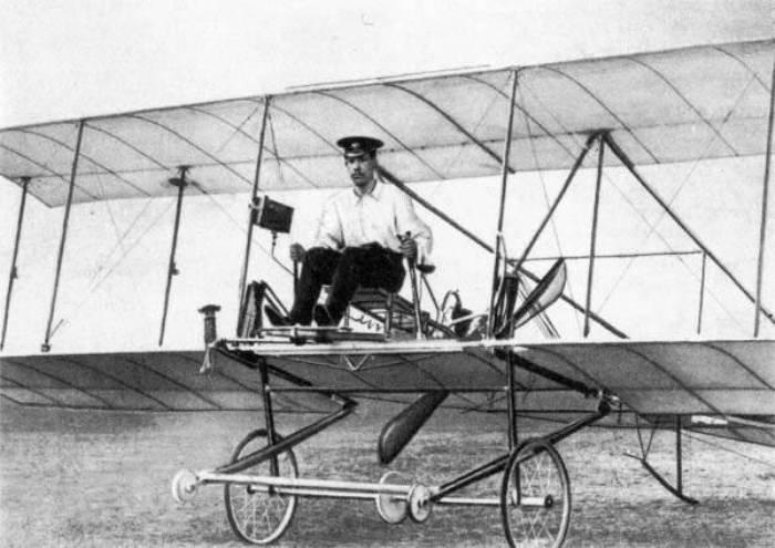 Игорь Сикорский на своем первом самолете С-1, 1910 | Фото: topwar.ru