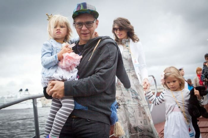 Илья Лагутенко с женой и детьми | Фото: 24smi.org