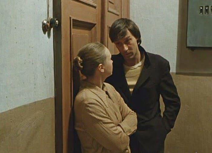 Кадр из фильма *Влюблен по собственному желанию*, 1982 | Фото: liveinternet.ru