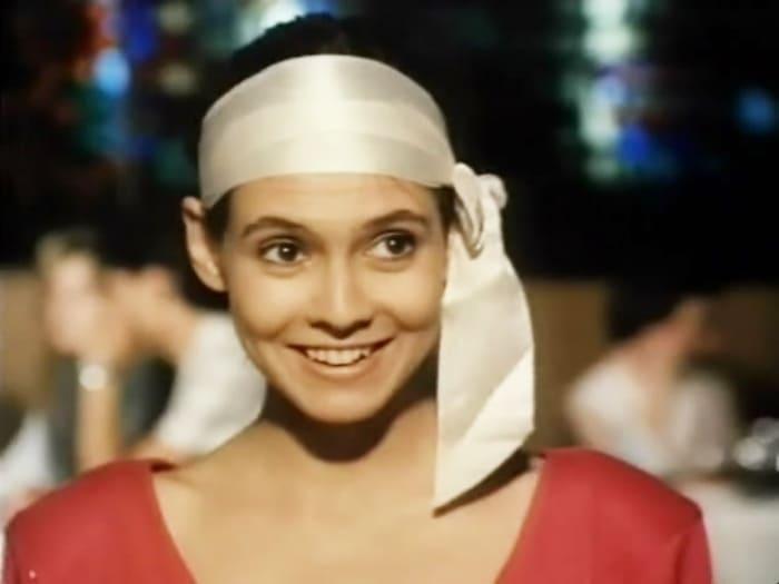 Инга Ильм в фильме *Бег по солнечной стороне*, 1992 | Фото: kino-teatr.ru