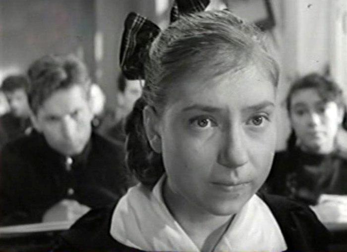 Инна Чурикова в фильме *Тучи над Борском*, 1960 | Фото: kino-teatr.ru