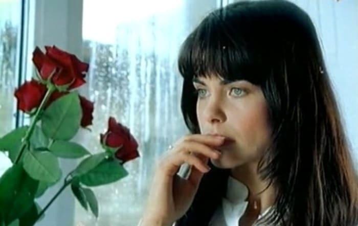 Инна Гомес в сериале *Каменская-2*, 2002 | Фото: kino-teatr.ru