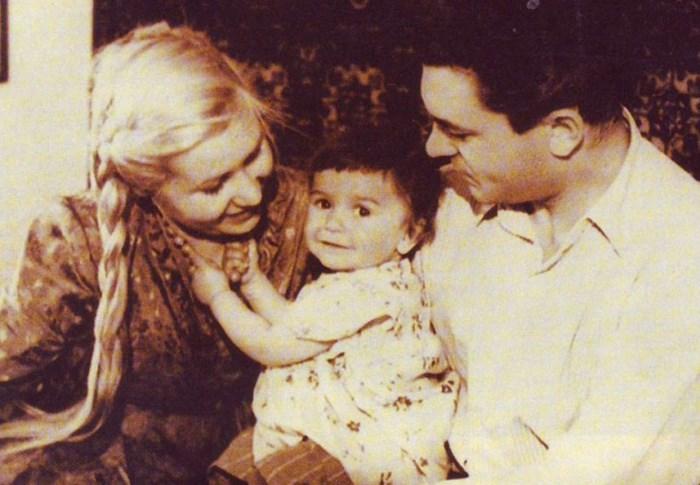Инна Макарова и Сергей Бондарчук с дочерью Натальей