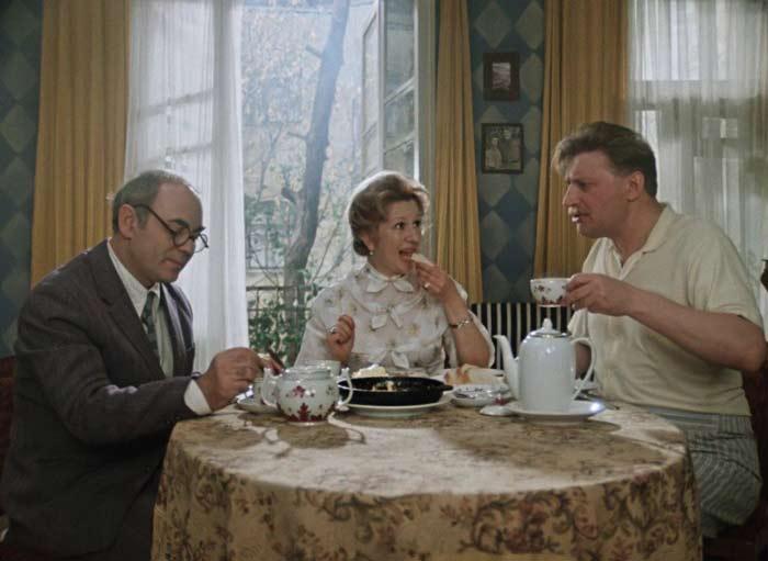 Кадр из фильма *Покровские ворота*, 1982 | Фото: stuki-druki.com