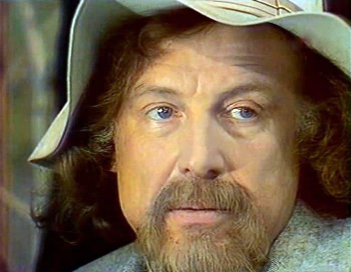 Иннокентий Смоктуновский в фильме *Вишневый сад*, 1976 | Фото: kino-teatr.ru