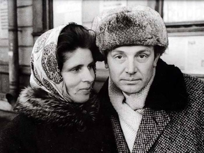 Иннокентий Смоктуновский с женой | Фото: mtdata.ru