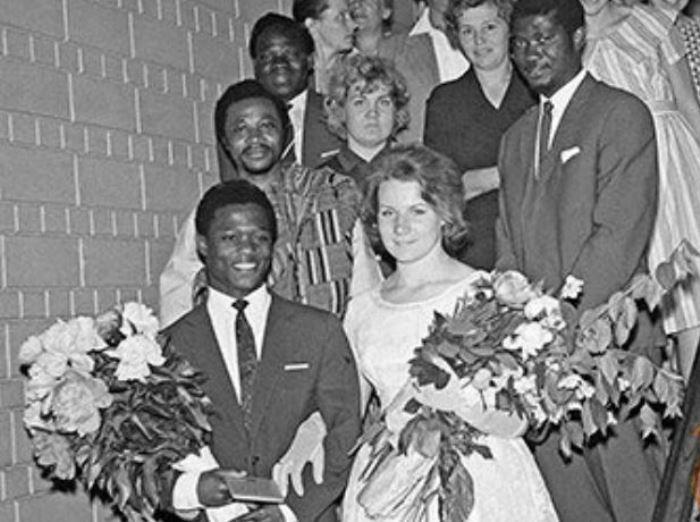 Браки с иностранцами долгое время были под запретом в СССР | Фото: newsland.com