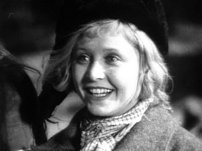 Янина Жеймо в фильме *Подруги*, 1935 | Фото: kino-teatr.ru