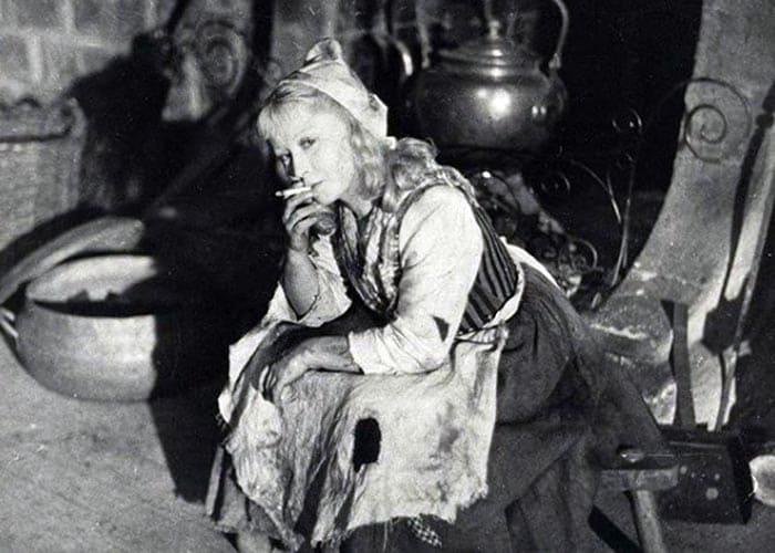 Актриса в перерыве между съемками | Фото: stuki-druki.com