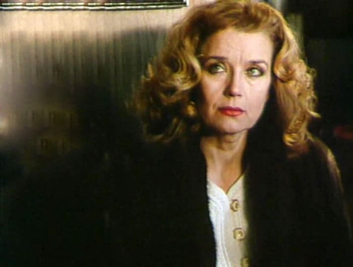 Ирина Алферова в фильме *Потерянный рай*, 2000 | Фото: kino-teatr.ru