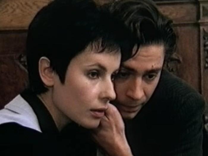 Кадр из сериала *День рождения Буржуя*, 1999 | Фото: apeksimovaira.narod.ru