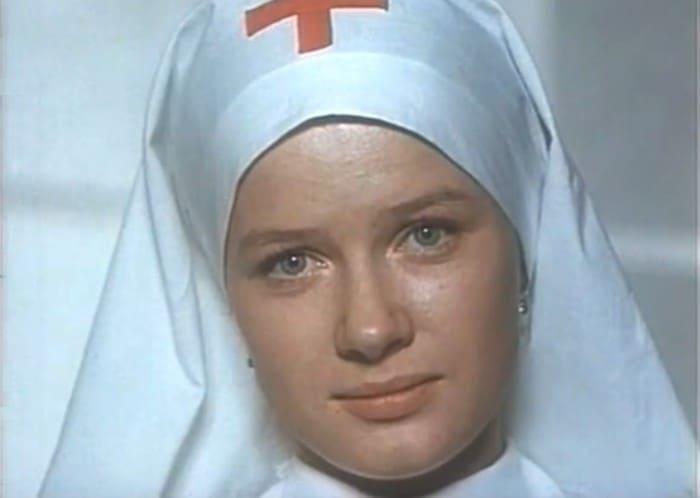 Ирина Бразговка в фильме *Волны Черного моря*, 1975 | Фото: kino-teatr.ru