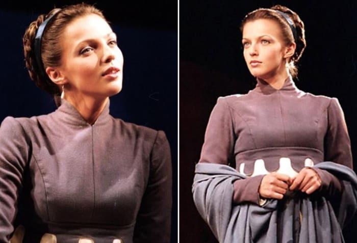 Актриса на сцене театра | Фото: 24smi.org