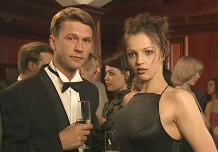 Кадр из фильма *Люди и тени. Секреты кукольного театра*, 2001 | Фото: kino-teatr.ru
