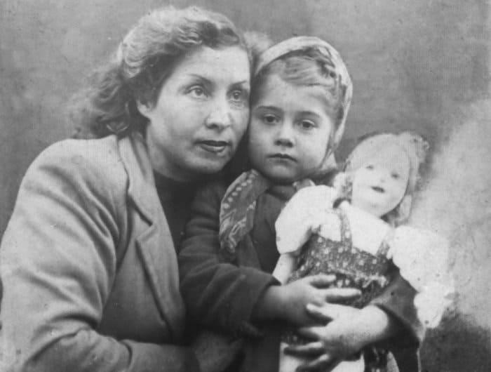 Ирина Мирошниченко с матерью | Фото: ampravda.ru