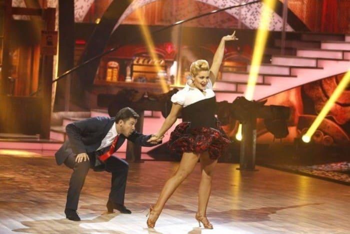 Ирина Пегова в телешоу *Танцы со звездами* | Фото: starhit.ru