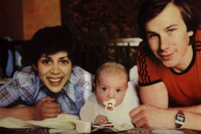 Ирина Роднина и Александр Зайцев с сыном | Фото: forumdaily.com