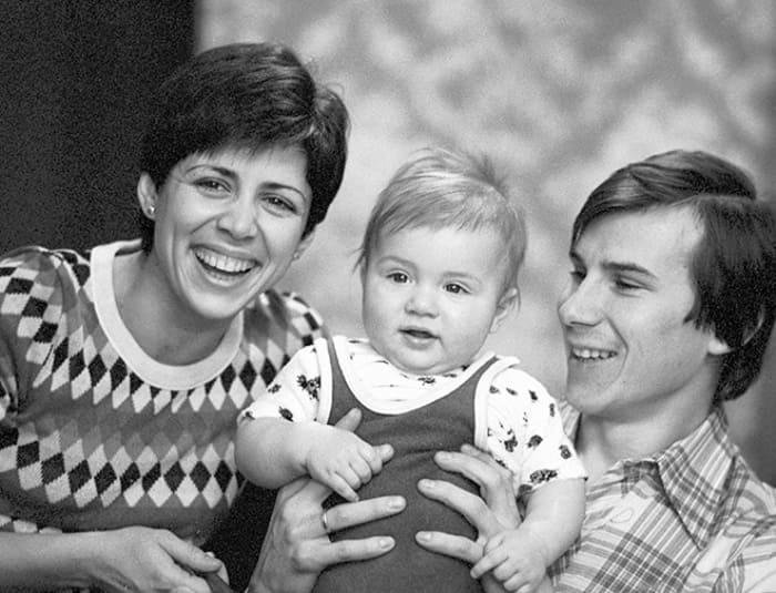 Ирина Роднина и Александр Зайцев с сыном | Фото: championat.com