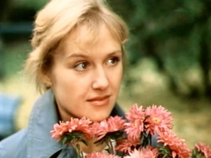 Ирина Розанова в фильме *Алый камень*, 1986 | Фото: kino-teatr.ru