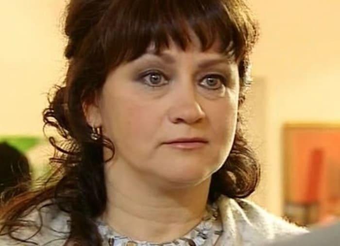 Ирина Шмелева в сериале *Час Волкова-3*, 2009 | Фото: kino-teatr.ru