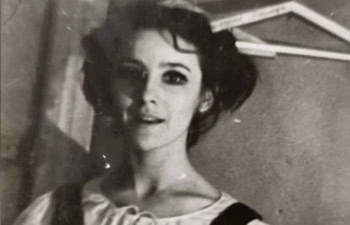 Дебютная роль Натальи Варлей в короткометражке *Новогодний праздник отца и маленькой дочери*, 1962 | Фото: kino-teatr.ru